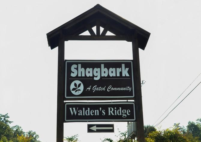 Pigeon Forge Cabin - My Runaway Wagon Retreat - Shagbark Resort Sign