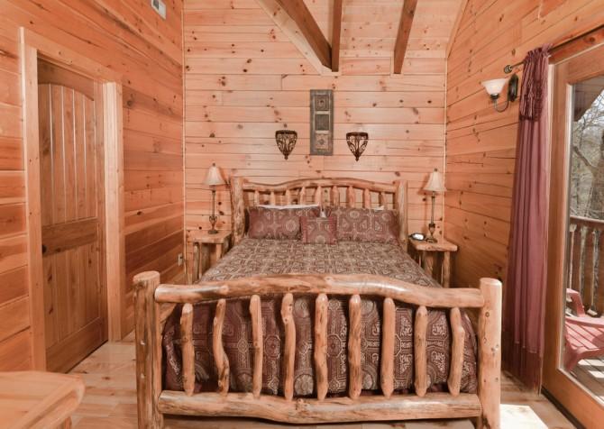Pigeon Forge - Smoky Mountain Splash - Bedroom