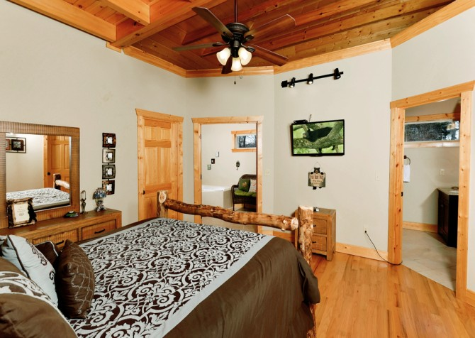 Pigeon Forge - A Splashtastic View - Bedroom