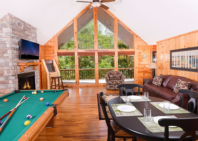 Cozy Corner. Gatlinburg Cabin Rentals   Pigeon Forge Cabins  1   2 bedrooms