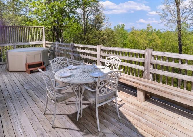 Gatlinburg - Unforgettable - Outdoor Dining & View