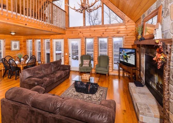 Gatlinburg - Unforgettable - Living Room Seating