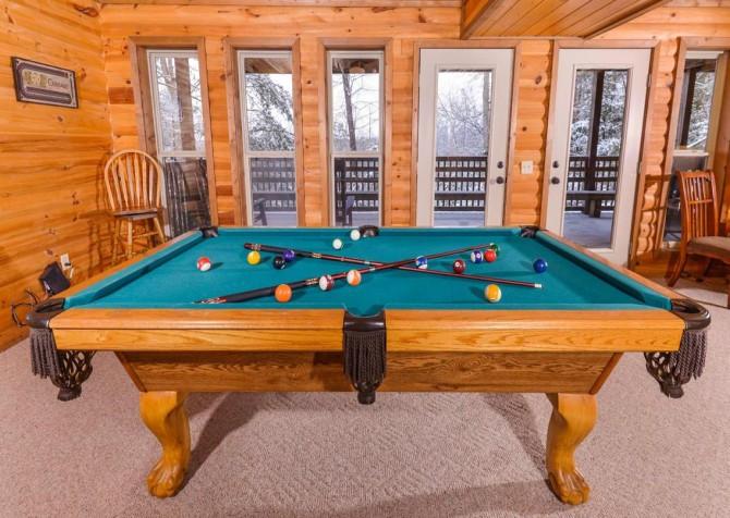 Gatlinburg - Unforgettable - Gameroom Pool Table