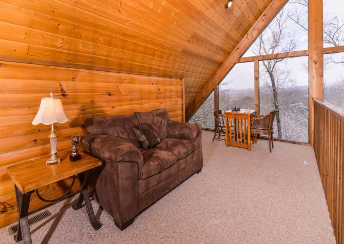 Gatlinburg - Unforgettable - Lounge Area Loft