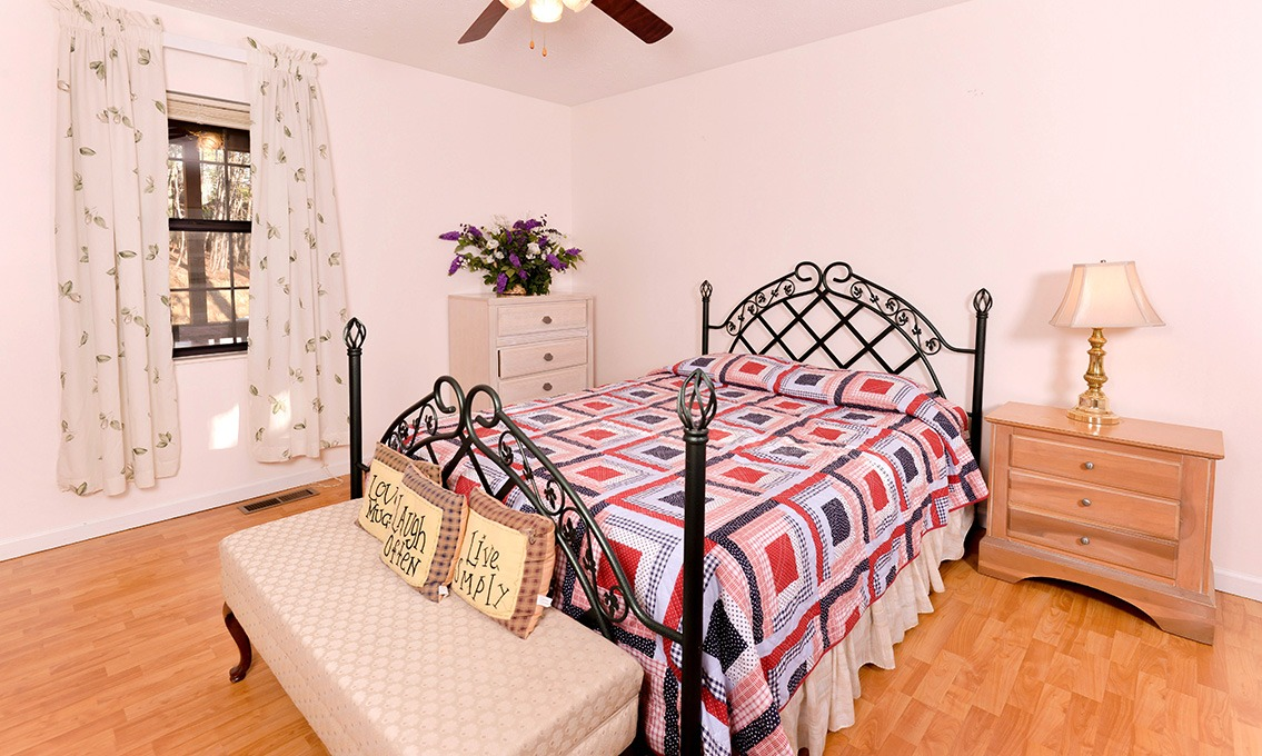 Dorable Cabin Living Room Ideas - Living Room Designs ...