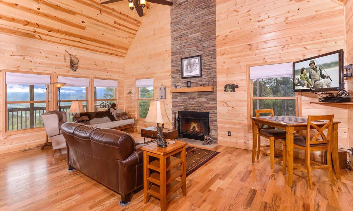 Pigeon forge cabins jackson 39 s cabin for Jackson cabins gatlinburg tenn