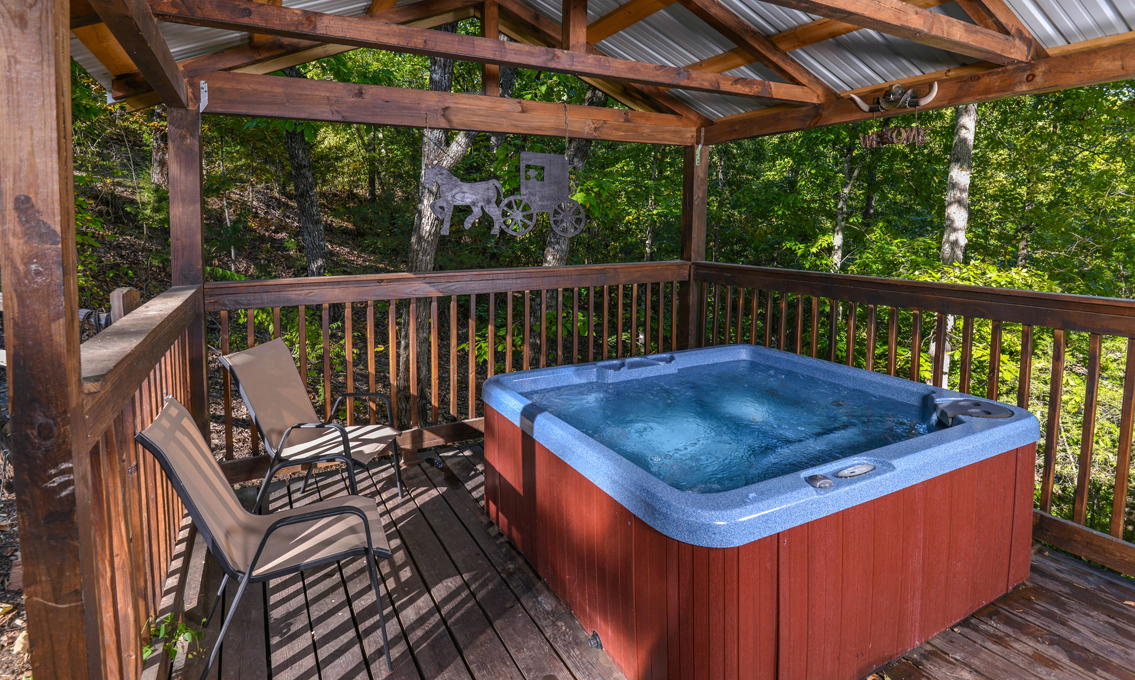 Pigeon forge cabins traveler 39 s rest for Pigeon forge cabins with hot tub