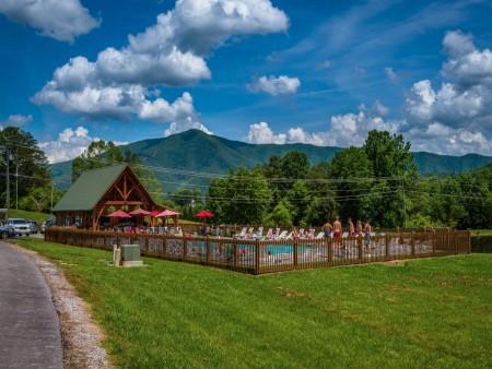 Honeysuckle Meadows - Outdoor Community Pool