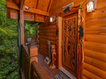 Pigeon Forge Cabin- Alone At Last – Front Exterior