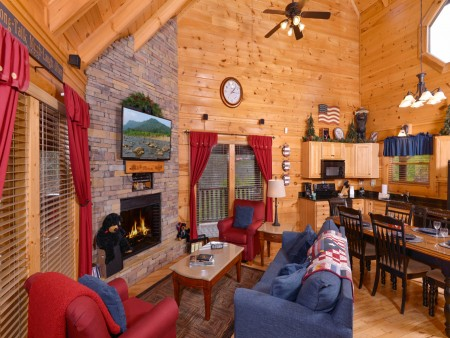 Pigeon Forge Cabin- American Bear Cabin – Living Room - Dining Room - Kitchen