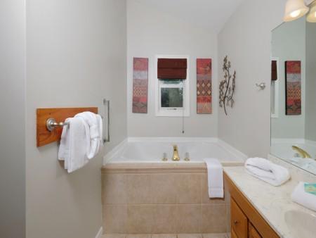 Gatlinburg Cabin - Absolute Heaven - Indoor Jetted tub
