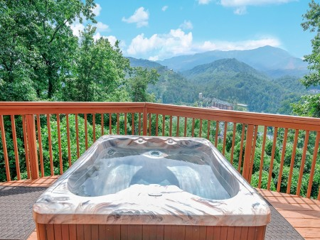 Gatlinburg Cabin - Absolute Heaven - Hot Tub