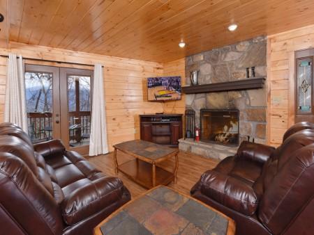 Gatlinburg - Bearfoot Lodge - Living Room