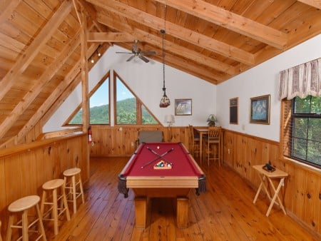 Gatlinburg Cabins - Bella Vista - Rec Room