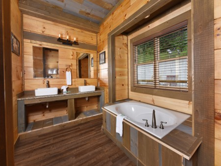 Gatlinburg - Big Bear Views Lodge - Bathroom