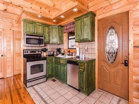 pigeon forge cabin – cozy cabin – kitchen