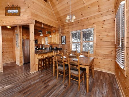 Pigeon Forge - Eagle View - Dining Room
