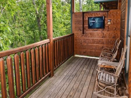 Gatlinburg - Mountain Getaway and a Theater- deck