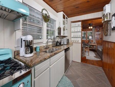 River Romance - Kitchen