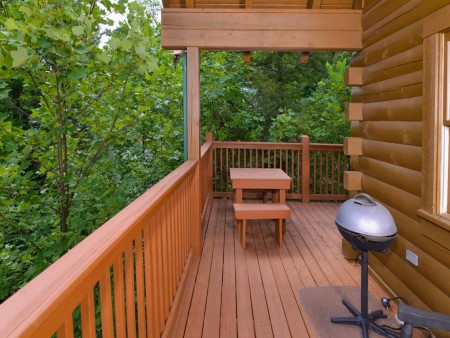 Gatlinburg Cabin- Mountain View Lodge – Grill