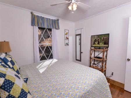 Pigeon Forge - Hillside Hideaway - Bedroom Two TV