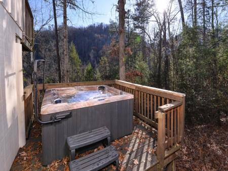 Pigeon Forge - Hillside Hideaway - Hot Tub