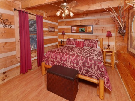 Pigeon Forge - A Sweet Retreat - Bedroom 3