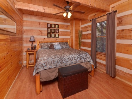Pigeon Forge - A Sweet Retreat - Bedroom 2