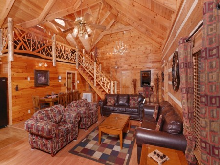 Pigeon Forge - A Sweet Retreat - Living Room