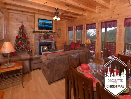 Pigeon Forge Cabin - Be Our Guest - Living Room Christmas