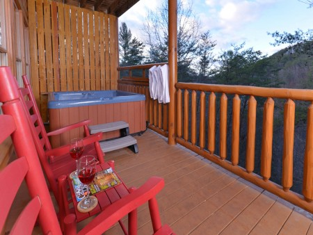 Pigeon Forge Cabin - Be Our Guest - Hot Tub