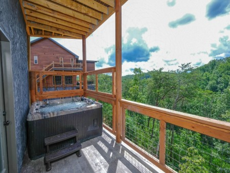 Pigeon Forge Cabin - Big Forest Retreat - Hot Tub/View
