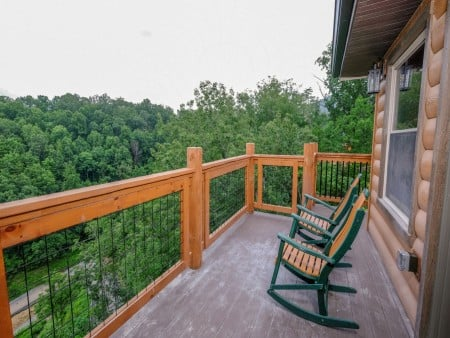 Pigeon Forge Cabin - Big Forest Retreat - Open Deck/View