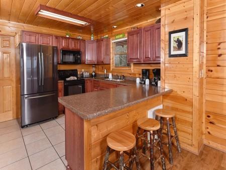 pigeon forge cabin – black bear ridge mountain views - kitchen