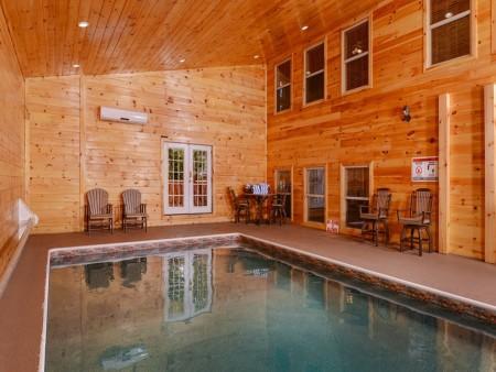 pigeon forge cabin – buckskin lodge – indoor pool