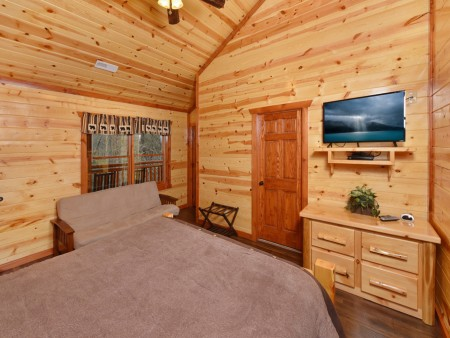 Pigeon Forge - Emerald and Evergreen At Sherwood - Bedroom