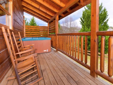pigeon forge cabin – good times – exterior