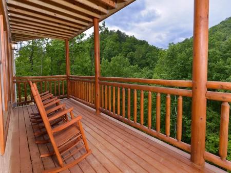 Pigeon Forge - Majestic Lodge - deck