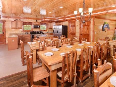 Pigeon Forge - Majestic Lodge - kitchen
