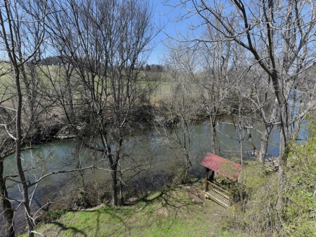 Pigeon Forge Cabin - River Retreat - River View