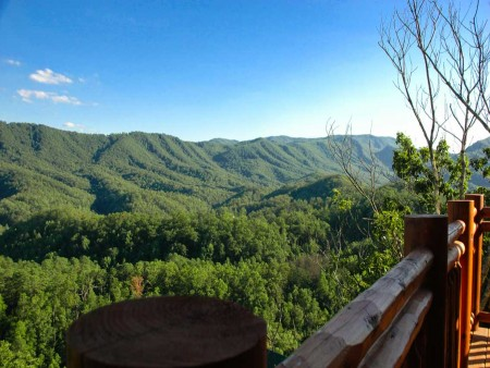 Pigeon Forge - Highland Plunge - Deck View