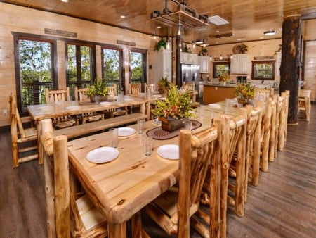 Pigeon Forge - Luxury Lodge - Dining