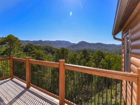 Pigeon Forge - Luxury Lodge - Deck View