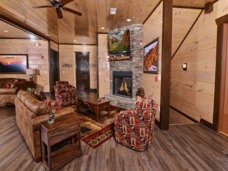 Pigeon Forge - Luxury Lodge - Living