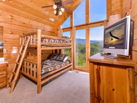 Pigeon Forge Cabin- Mt. LeConte Views Lodge – Bunkbed