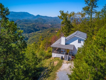 Pigeon Forge Cabin - Over The Top – Exterior