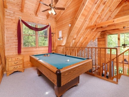 Pigeon Forge - A Smoky Mountain Rose - Gameroom
