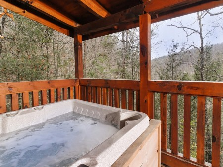 Pigeon Forge Stolen Moments Hot Tub