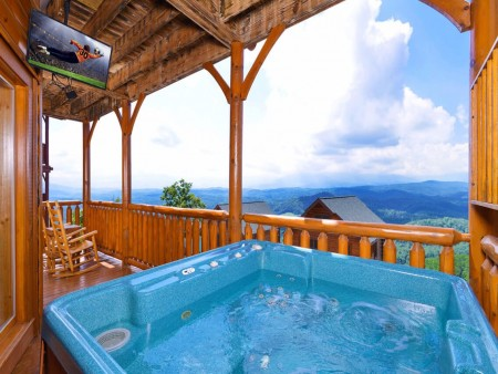 Pigeon Forge - The View - Hot Tub
