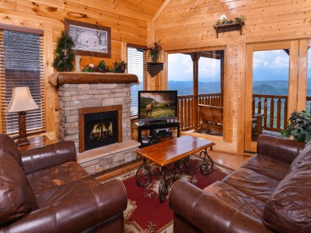 Pigeon Forge - The View -  Living Room